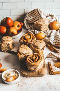 apple cider cinnamon rolls