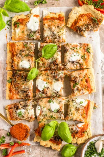 roasted red pepper and sausage pizza
